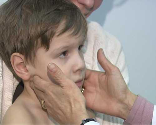 Увеличены лимфоузлы у ребенка: шейные, паховые,