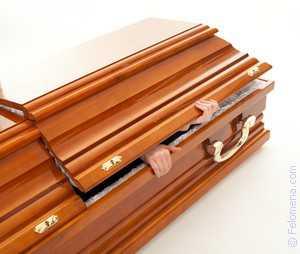 К чему снится пустой гроб: толкование сна про