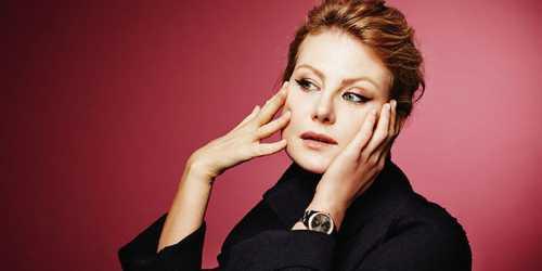 Литвинова удивила селфи без макияжа